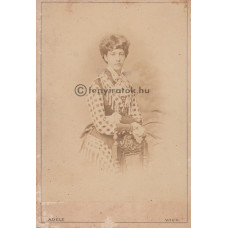 Adéle: Braganza Mária Terézia (1855-1944) portugál infánsnő