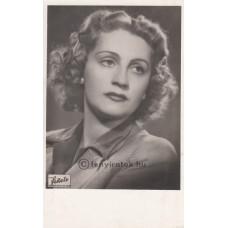 Fekete műterem: Orosz Júlia (1908-1997) operaénekesnő