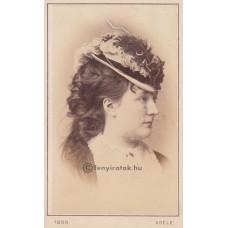 Adéle: Friederike Kronau (1841-1918) osztrák-német színésznő
