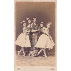 Adéle: Adolph Price (1805-1890) dán pantomimszínész táncosnőkkel