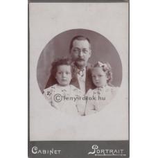 Alexy Traján Béla: Zboray Aladár (1868-1908) író, újságíró gyermekeivel