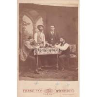 Pap, Franz: négy (ismeretlen) férfi