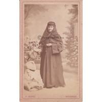 Mandi, Franz: (ismeretlen) nő