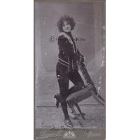 Singer S[amu]: Peterdi Etel (1884-?) színésznő
