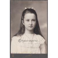 Kabáth V[ilmos]: báró Bakách-Bessenyei Györgyné Bene Gizella (1897-1984)