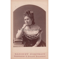 Koller K[ároly]: Bogáthy Józsefné Kacskovics Stefánia (1854-1921)
