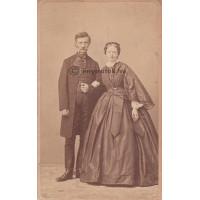 Canzi és Heller: Nendtvich Károly (1811-1892) orvos, kémikus és neje,